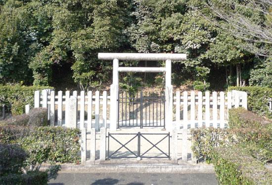 羽曳野市観光協会 : 来目皇子墓